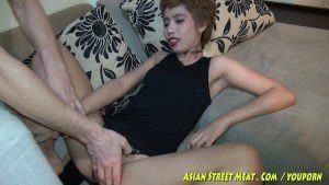 Short Haired CFNM Asian Exhibitionist Fucked In The Hotel Hallway